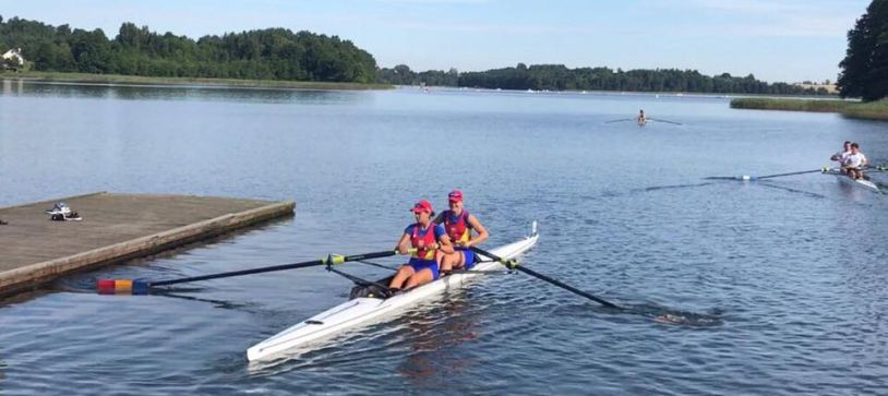 Echipajul feminin 8+1 al României intră în finala de duminică din cadrul Campionatului Mondial de Juniori