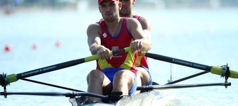 Cinci echipaje românești luptă, pana acum, pentru medalii în finalele Campionatului Mondial de Tineret din Bulgaria